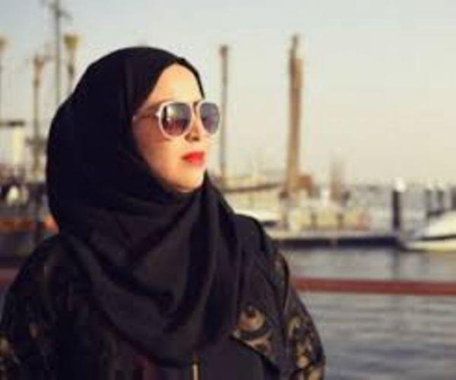 مليونيرة سعودية : تكشف سر ثروتها الخيالية التي حققتها باستخدام الجوال فقط